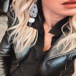 earring oval black