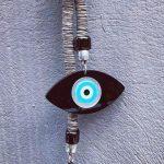 Lucky Charm 21 – Brown Cord & Evil Eye. Γούρι σπιτιού με μπέζ ορειβατικό κορδόνι και μάτι από πλέξιγκλας. 2