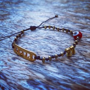 Lucky Charm 21 - Bracelet Amor Gold Hematite & Red Evil Eye